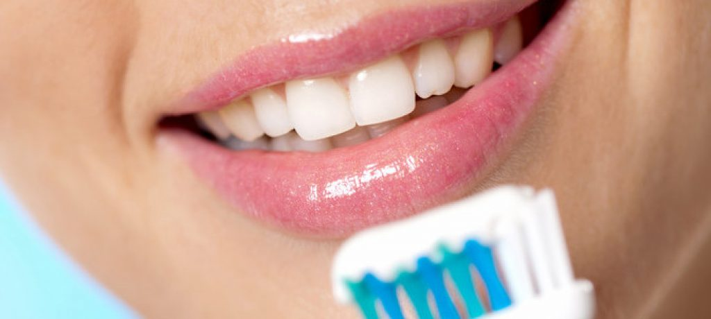 What's the Best Way to Brush Teeth for Long Term Wellness?