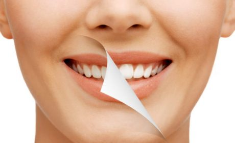 Whiten Your Smile Naturally With These 7 Foods