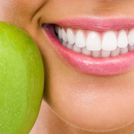 Five Tips to Keep Teeth Healthy!